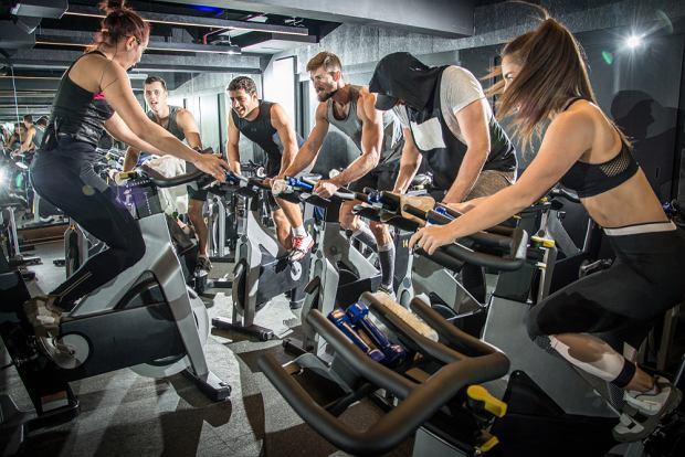 Na czym polega trening cardio i jakie są jego zalety?