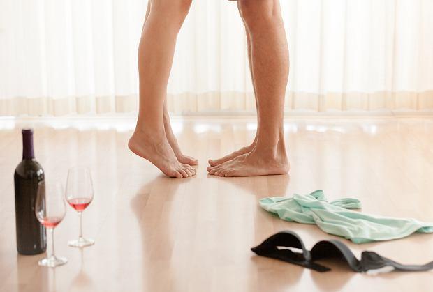 Jakich urazów fizycznych ludzie najczęściej nabawiają się podczas seksu? Zdradza ginekolog