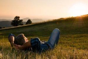 Trzy niezawodne sposoby na szybki relaks w pracy