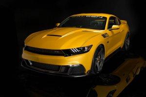 Saleen S302 Black Label   740 KM w Mustangu