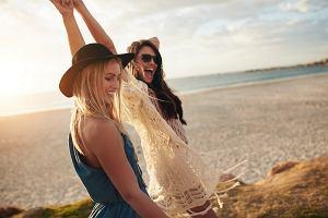 Jak dobrze wyglądać na plaży - kilka wakacyjnych wskazówek