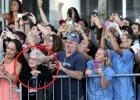 Ludzie witaj�cy papie�a Franciszka w USA