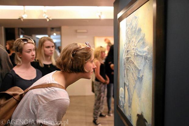 Zdjęcie numer 23 w galerii - Tłumy na otwarciu Drugiego Muzeum Beksińskiego w Częstochowie