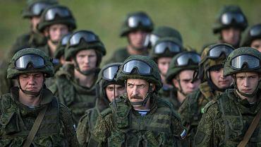 Rosyjscy żołnierz na manewrach