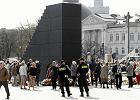 Kilkudziesięciu policjantów będzie pilnowało rządowych budynków, mimo że stołecznej policji wciąż brakuje ludzi