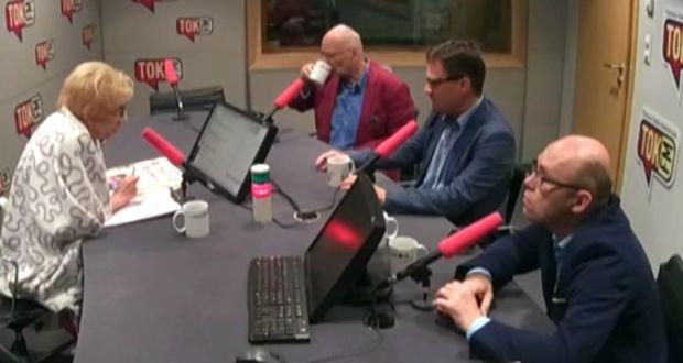 Publicyści w studiu radia TOK FM
