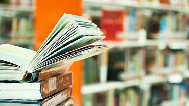 Raport pokazuje, skąd młodzież szuka nowych książek