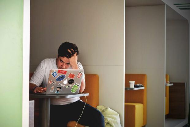 Jak rozpoznać nieprofesjonalnego współpracownika? Po TYCH wymówkach