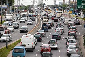 Akcyza na samochody. Sejm niespodziewanie odłożył zmiany w podatkach