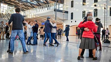 Tango na dworcu Łódź Fabryczna