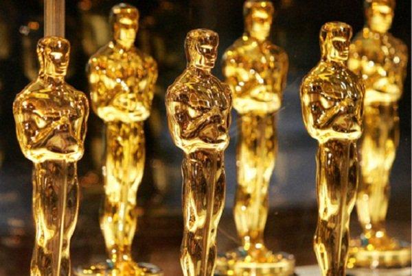 Przed nami 87. ceremonia wręczania najważniejszych nagród filmowych - Oscarów. Muzyka i film to para nierozerwalna. Przedstawiamy 10 najlepszych piosenek, które otrzymały statuetkę.
