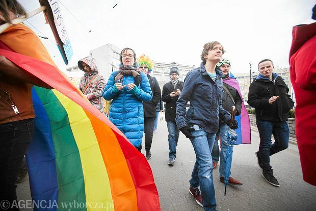 """Marsz Równości: """"Róbmy miłość, a nie wojnę"""""""