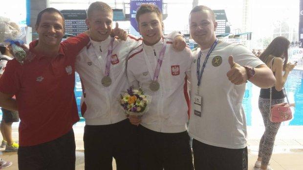 Kacper Lesiak (drugi z lewej) i Andrzej Rzeszutek (drugi z prawej) podczas Pucharu Świata w Meksyku