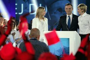 Wybory prezydenckie 2015. �ona Andrzeja Dudy do Jaros�awa Kaczy�skiego: Ja si� pana nie boj�