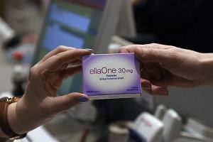 EllaOne już tylko na receptę. Część lekarzy chce pomóc kobietom - u nich wizyty są darmowe