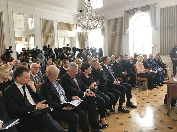 Zdjęcie numer 2 w galerii - Będzie spór na linii Andrzej Duda -  PiS? Partia chce ograniczyć rolę prezydenta