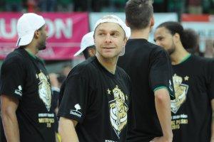 Najlepsi koszykarze w Polsce zapraszaj� na po�egnalny mecz