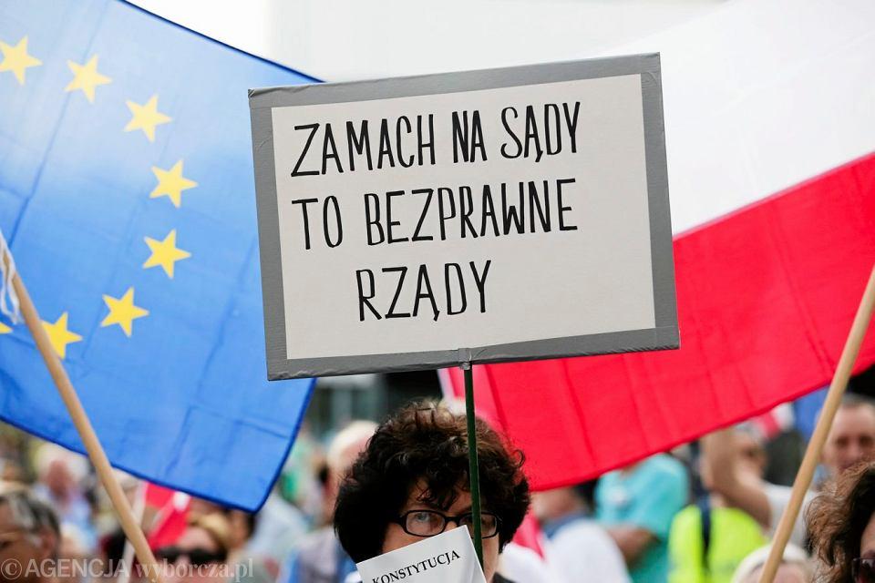 Protest w obronie niezależności sądownictwa, Kraków, 11 czerwca 2018.