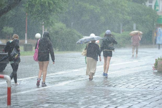 Pogoda w wakacje: lipiec tradycyjnie ma być bardziej deszczowy niż sierpień