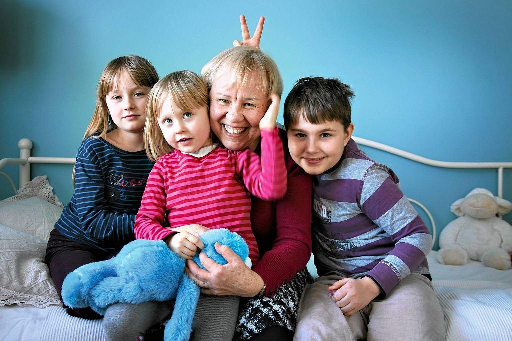 Zofia Zaorska, pomysłodawczyni Szkoły Superbabci i Superdziadka, po latach pracy akademickiej zadebiutowała w nowej roli - babci.