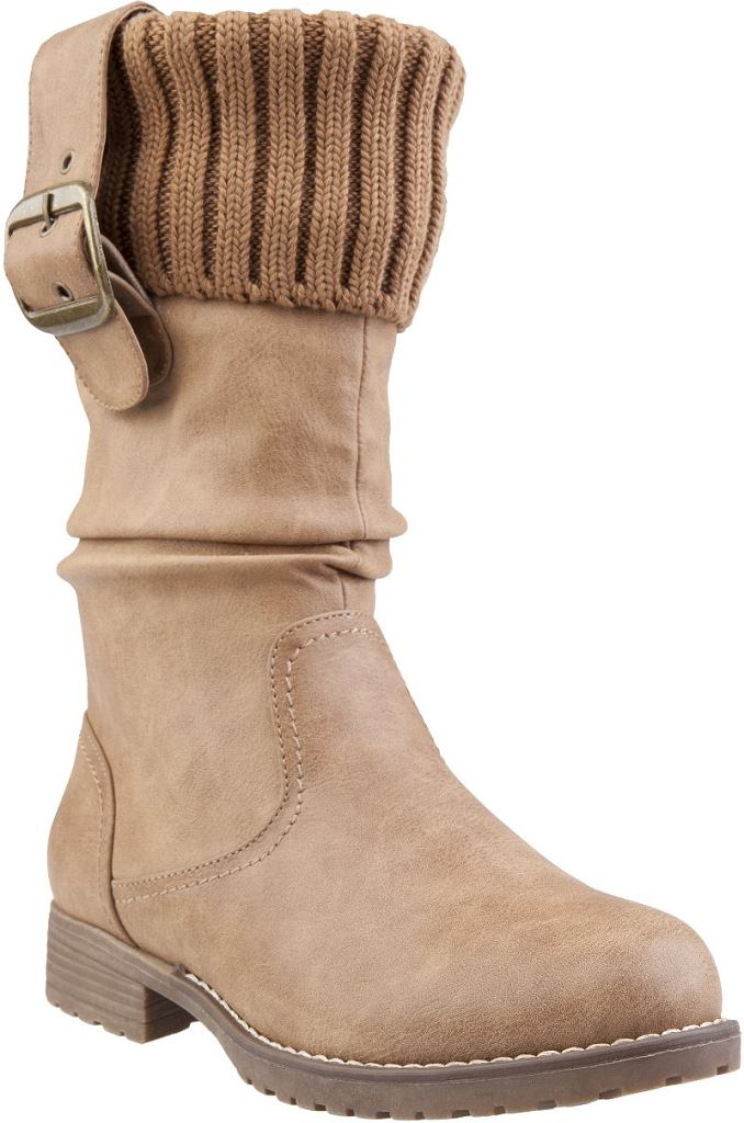 7f8f88fb7817c Wyprzedaże  zimowe buty z CCC do 100 zł