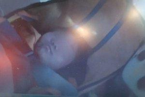 Niebywałe szczęście - żywe dziecko wyciągnięte spod gruzów 60 godzin po trzęsieniu ziemi