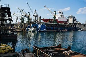 Badają przyczyny zatonięcia statku w stoczni Nauta