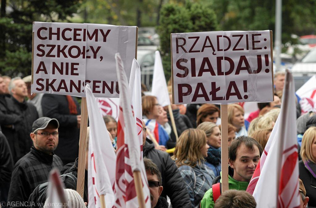 Protest nauczycieli w Kielcach (fot. Paweł Małecki / Agencja Gazeta)