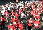W czym biegaj� Polacy? Nietypowe badanie w Biegu Niepodleg�o�ci