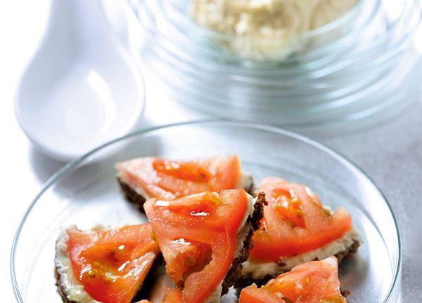 Kanapki z masłem anchois
