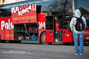 Kierowca Polskiego Busa odjecha� bez pasa�erki. 10-latek zosta� sam w autobusie