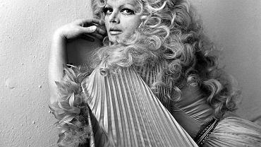 Rok 1982. 44-letnia Violetta Villas na swoim zdjęciu reklamowym