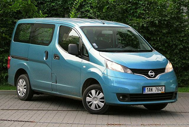 nissan nv200 test za kierownic. Black Bedroom Furniture Sets. Home Design Ideas