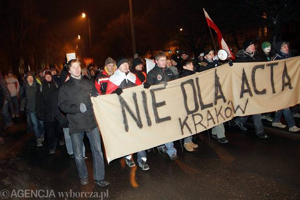 W prote�cie przeciw ACTA wzi�o udzia� oko�o 500 os�b