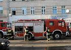 Samochód wbił się w zbiornik z gazem. Duży pożar stacji LPG koło Garwolina