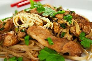 Kurczak po tajsku - 6 przepis�w