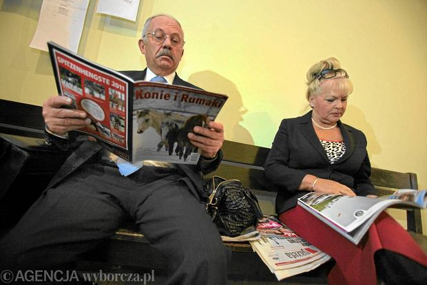 Prokurator oskar�aj�cy Stok�os� poda� si� do dymisji