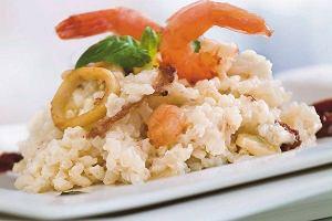 Krewetki na risotto z owocami morza