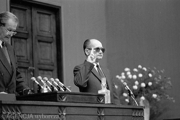19.07.1989 - Wojciech Jaruzelski zaprzysiężony na prezydenta Polski