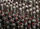 Krak�w po�egna� �o�nierzy jad�cych do Afganistanu