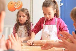 Dzieci w kuchni - przygotowujemy �wi�teczne s�odko�ci