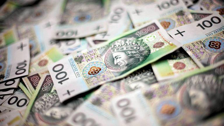 Po ponad 40 tys. zł nagrody rocznej otrzymali dwj prezesi wrocławskich spółek TBS i WI.