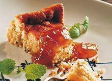 Sernik ze świeżego sera koziego z melisą cytrynową - ugotuj