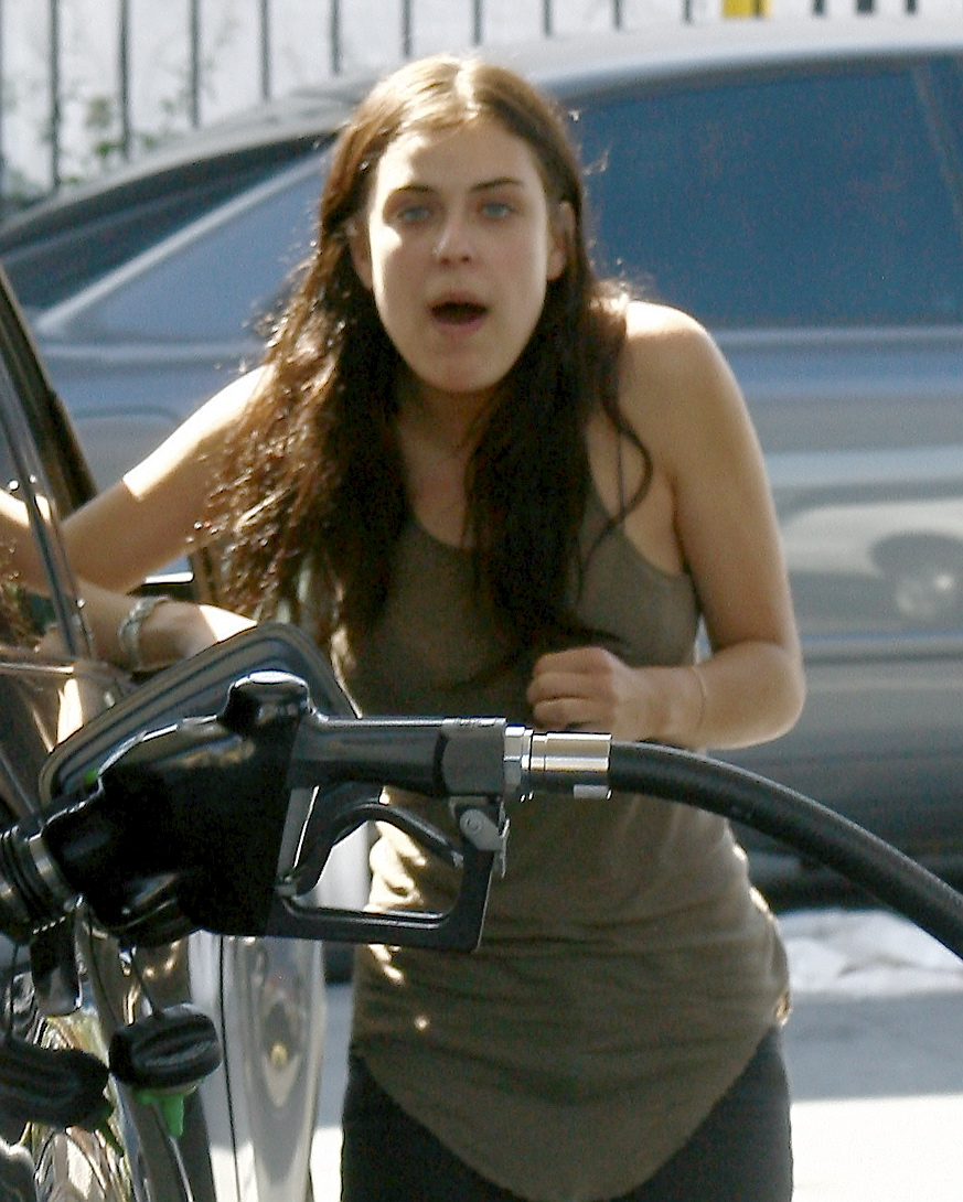 A very thin Tallulah Willis gets gas in Hollywood.  March 27, 2012 X17online.com  EXCLUSIVE  *** Local Caption ***  Tallulah Willis