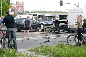 Zderzenie pięciu aut na Składowej. Prawdopodobny sprawca pijany