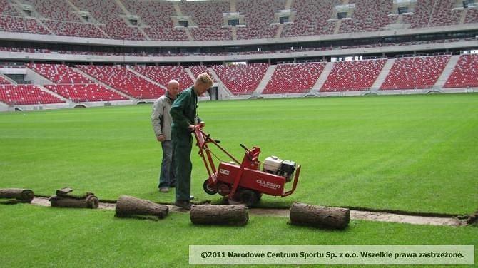 Wymiana murawy na Stadionie Narodowym