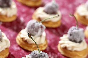Ciasteczka migda�owe z wi�niami