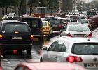 Wypadek w al. Niepodległości: pieszy wpadł pod tramwaj