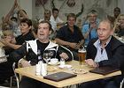 Donieśli na Miedwiediewa: Podwoził Putina i nie zapiął pasów