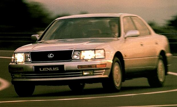20 lat Lexusa